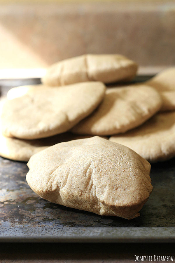 Whole Wheat Pita Bread Healthy  Whole Wheat Pita Bread with pockets