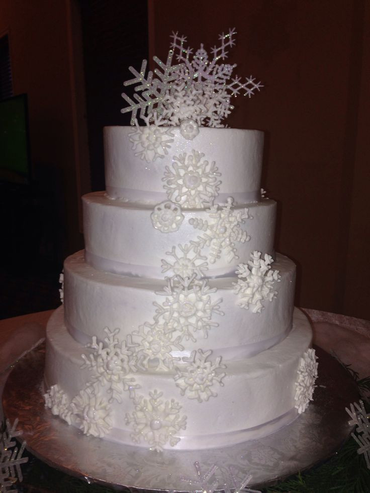 Winter Themed Wedding Cakes  Winter themed wedding cake i made Mallory Gray 50 Cakes