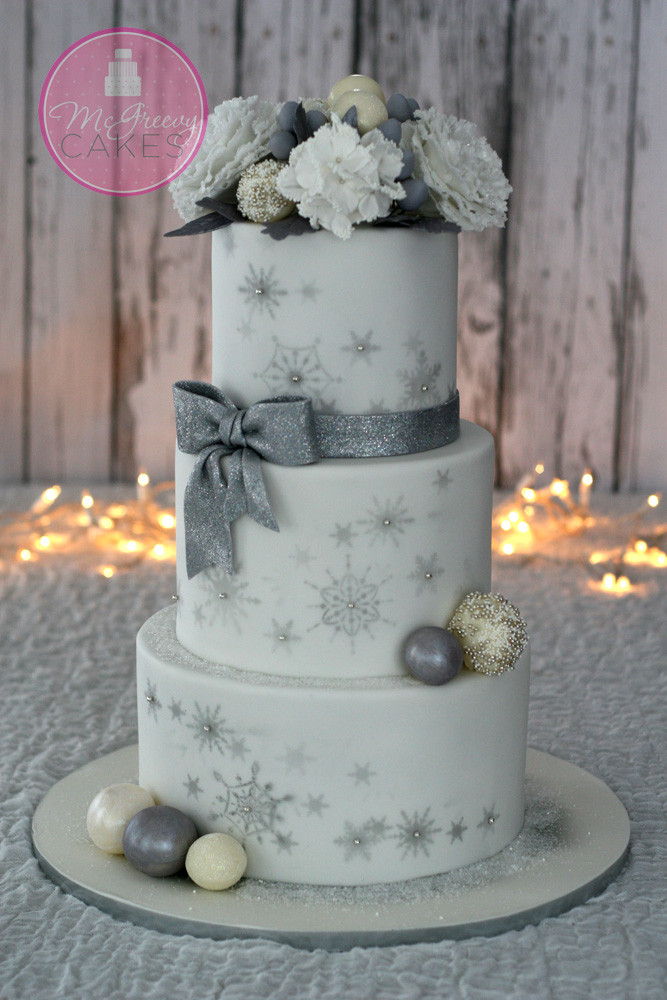 Winter Wonderland Wedding Cakes  A little Bling Bling Winter Wedding Cake McGreevy Cakes