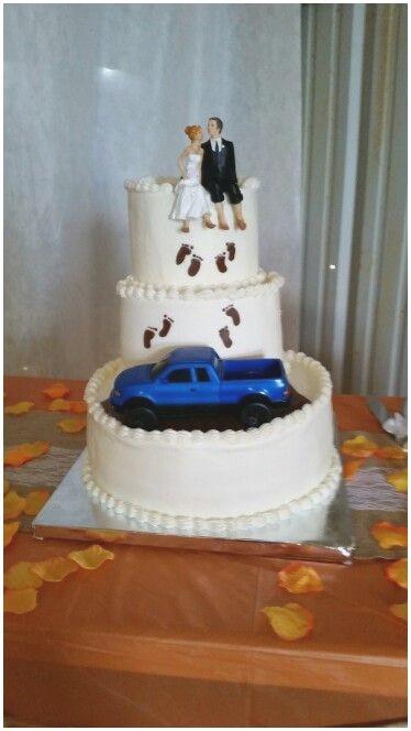 Wonderful Wedding Cakes  Camo Wedding Cake Ideas Furthermore Wonderful Wedding