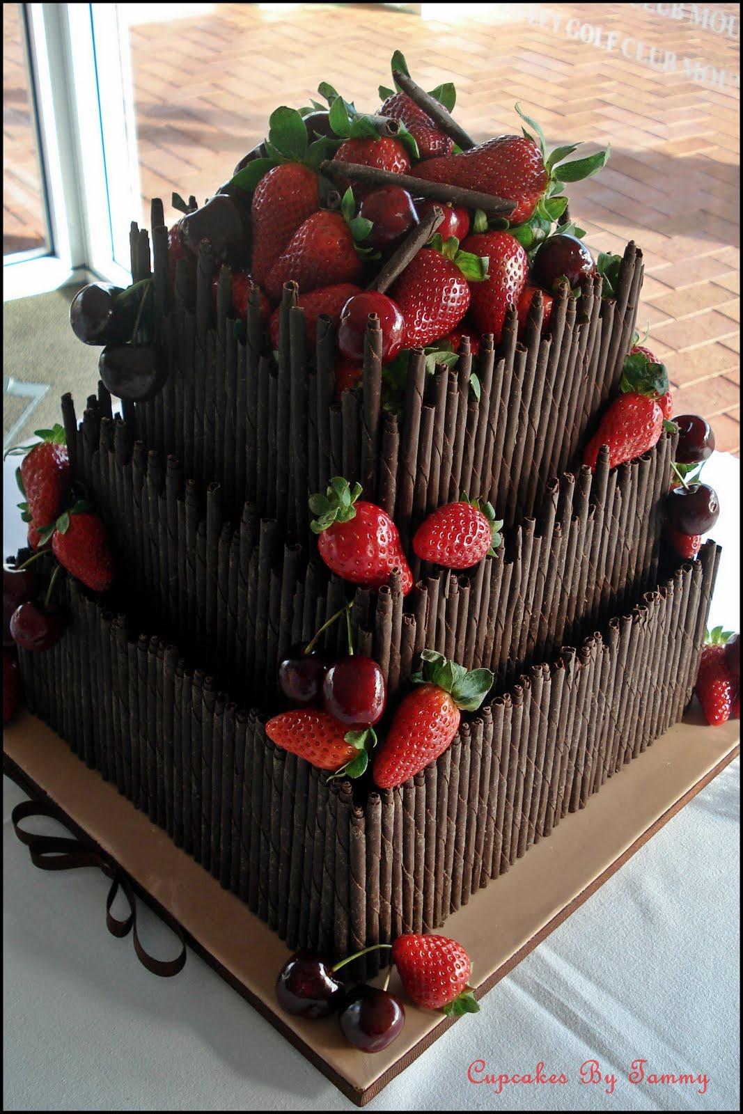 Wonderful Wedding Cakes  Wonderful World of Cupcakes Chocolate Wedding Cake