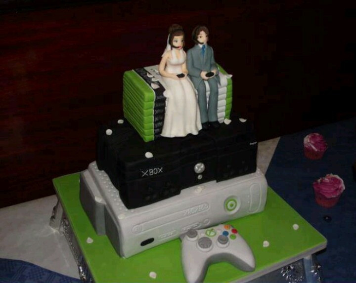 Xbox Wedding Cakes  5 Video Game Wedding Cakes for a Geeky Bride and Groom