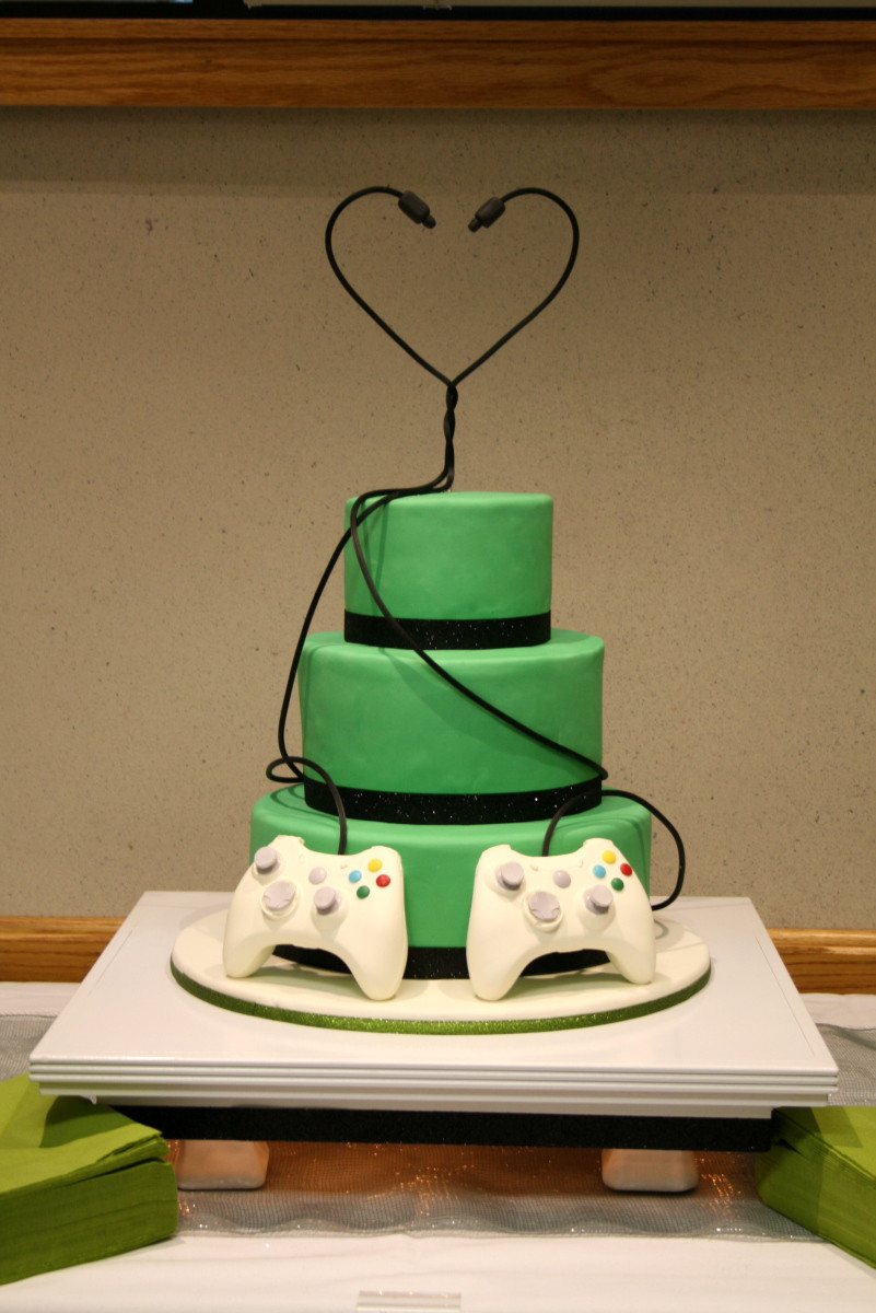 Xbox Wedding Cakes  Video Game wedding Cake Decorating munity Cakes We Bake
