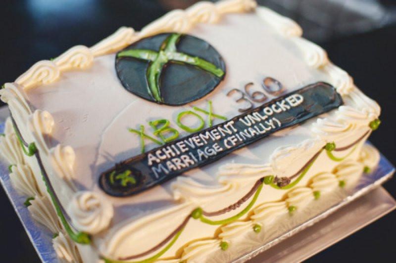 Xbox Wedding Cakes  X Box 360 Achievement Unlocked Wedding Cake Craziest Gad s