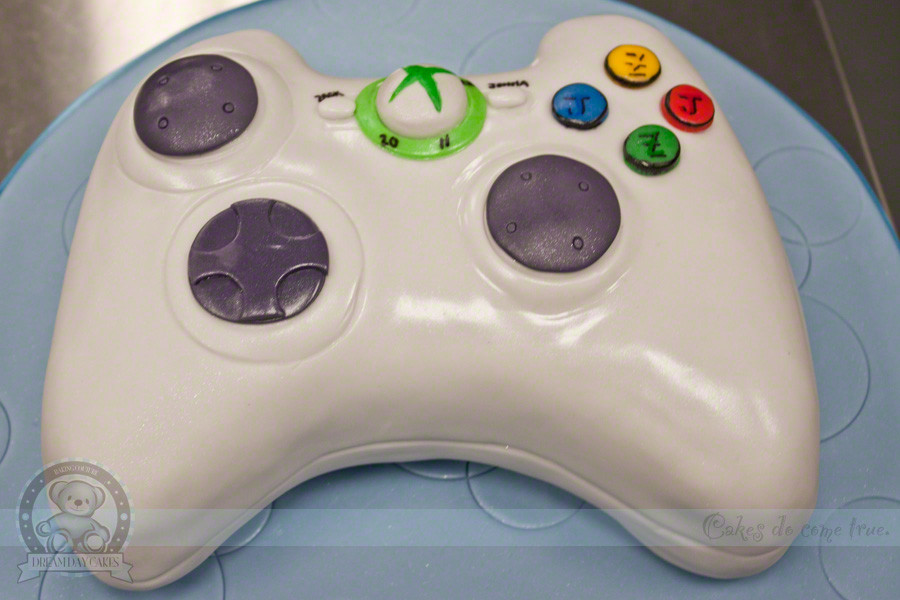 Xbox Wedding Cakes  Xbox Controller Grooms Cake Gainesville FL