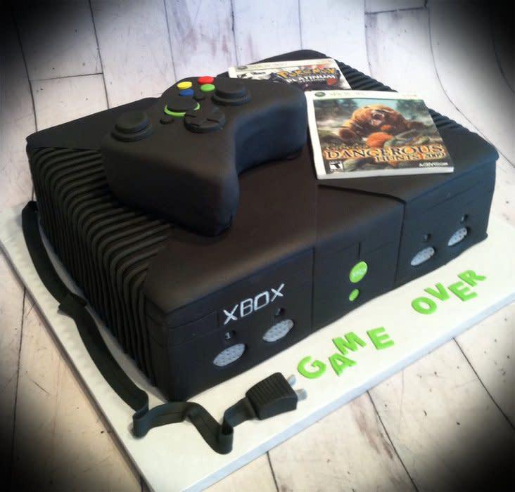 Xbox Wedding Cakes  Xbox grooms cake Cake by Skmaestas CakesDecor
