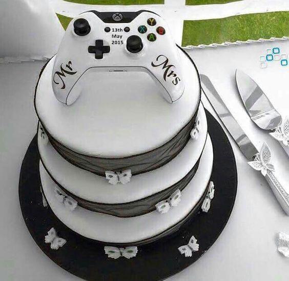 Xbox Wedding Cakes  Gamer wedding cake