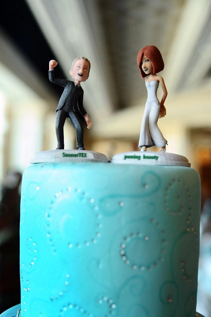 Xbox Wedding Cakes  Xbox LIVE Avatars make the perfect cake toppers xbox