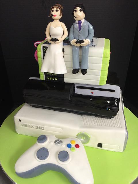 Xbox Wedding Cakes  Play station and Xbox Wedding Cake