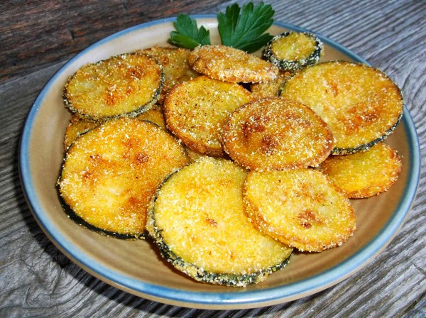 Yellow Summer Squash Recipes  Easy Fried Summer Squash Recipe