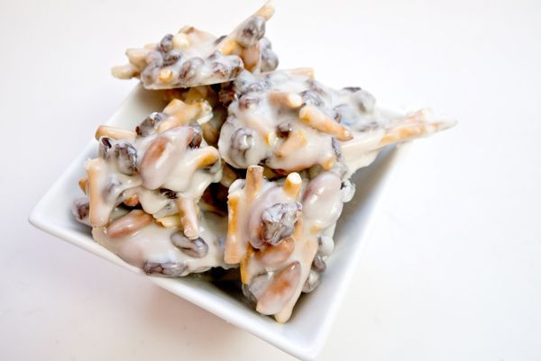 Yogurt Covered Pretzels Healthy  Best 25 Yogurt covered pretzels ideas on Pinterest