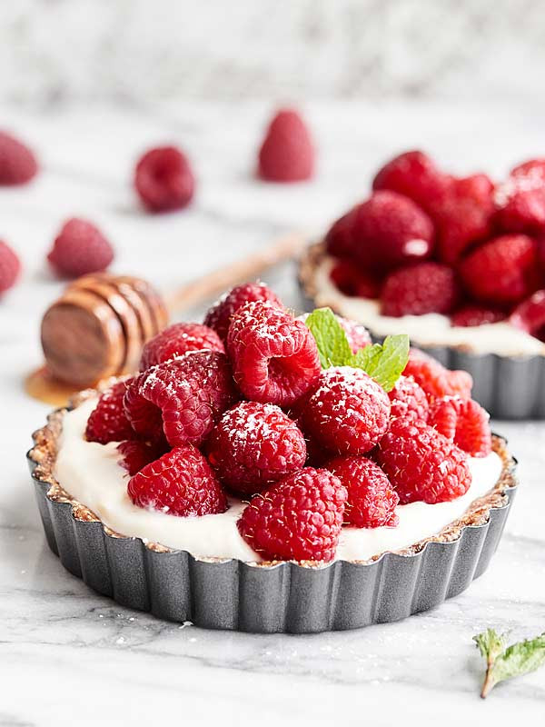 Yummy Healthy Desserts  Healthy Fruit Tarts Recipe No Bake w Raw Crust