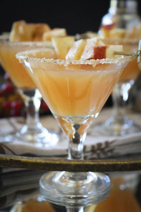 Alcoholic Thanksgiving Drinks  Thanksgiving Vanilla Bean Caramel Apple Cider Sparkling