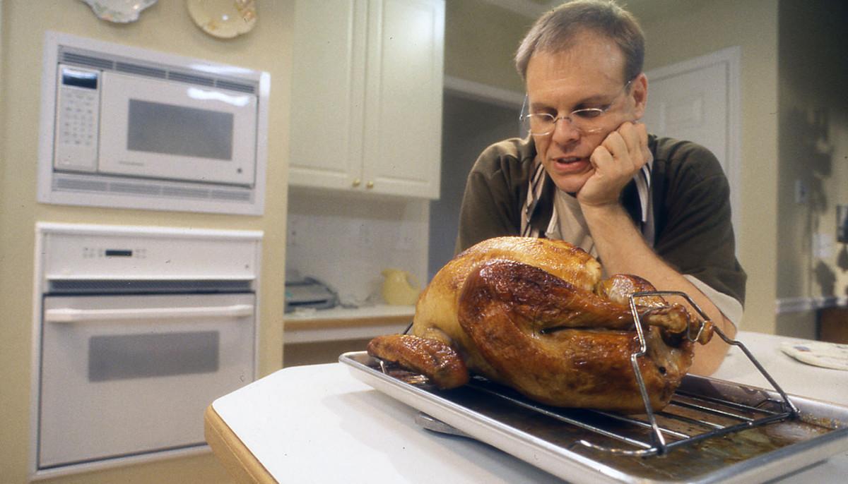 Alton Brown Thanksgiving Turkey  Alton Brown's 'Good Eats' best ever turkey brine recipe