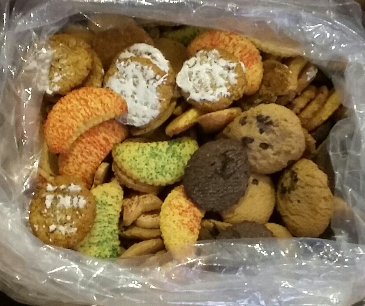Assorted Christmas Cookies  The Chicago Cookie Store Maurice Lenell Holiday Tins
