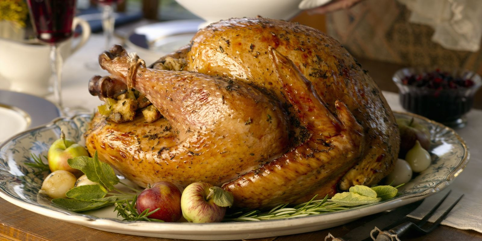 Average Size Turkey For Thanksgiving  How Much Turkey Per Person Thanksgiving Chart – How Big of