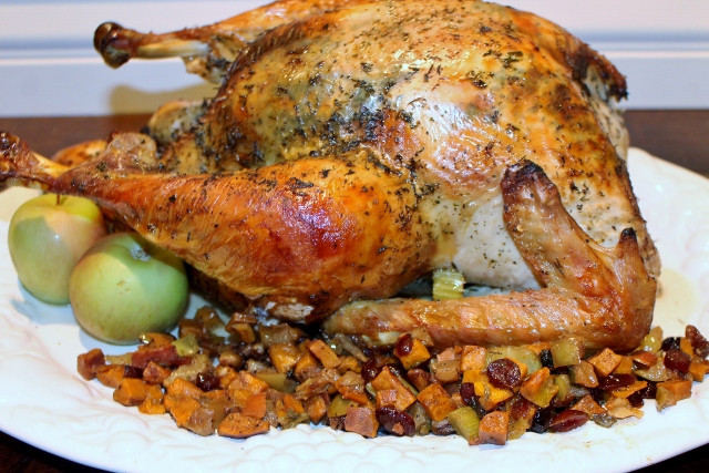 Baked Turkey Recipes For Thanksgiving  A Man's Guide to a Paleo Thanksgiving Turkey with a Sweet