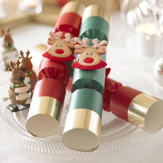 Best Christmas Crackers  50 best Christmas cracker jokes