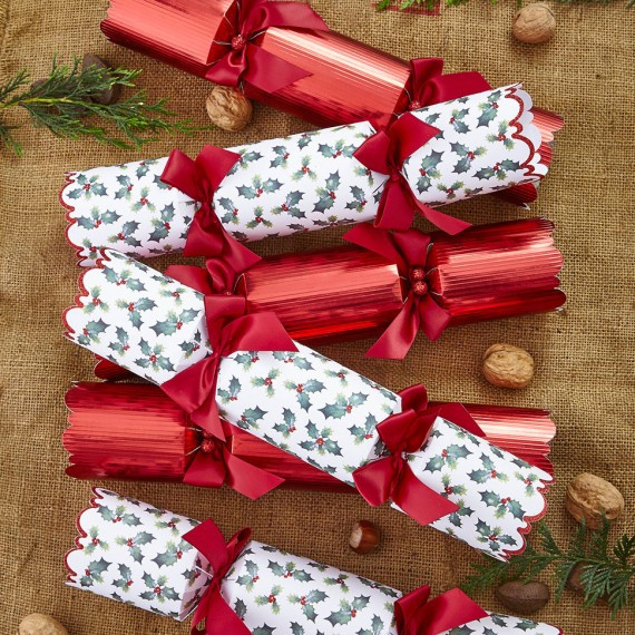 Best Christmas Crackers  Christmas Crackers Woman And Home