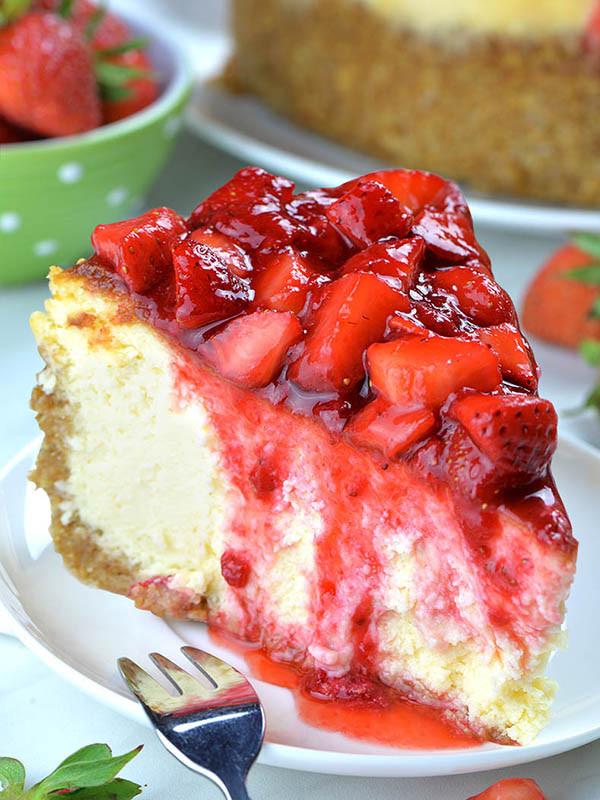 Best Christmas Desserts 2019  Easy Strawberry Cheesecake Recipe