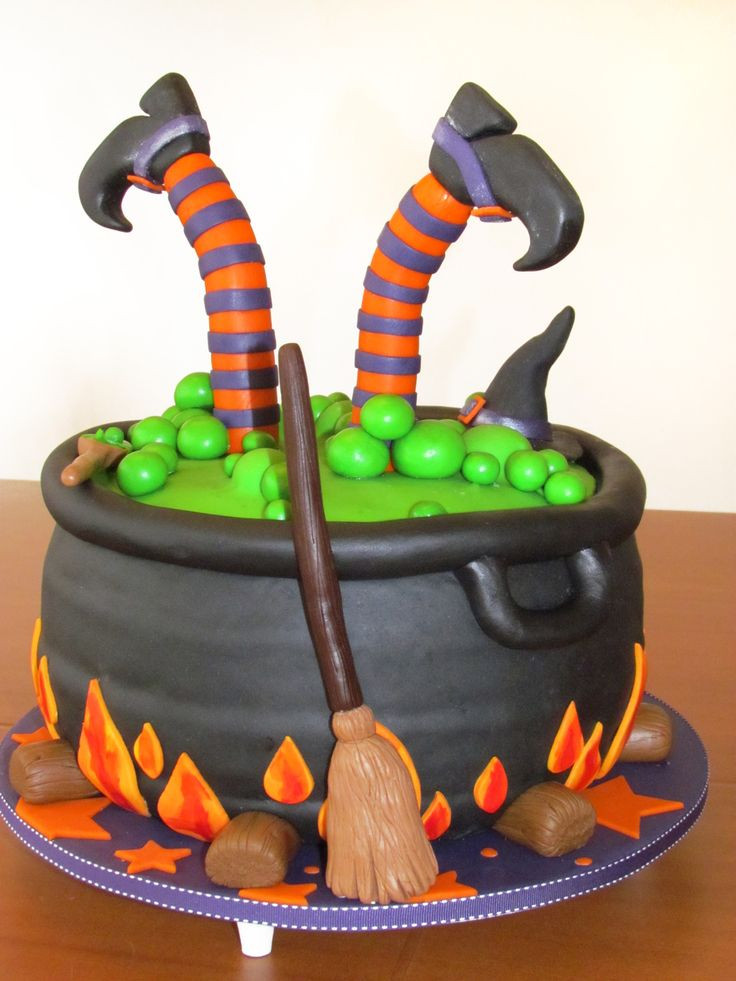 Best Halloween Cakes  Best 25 Witch cake ideas on Pinterest