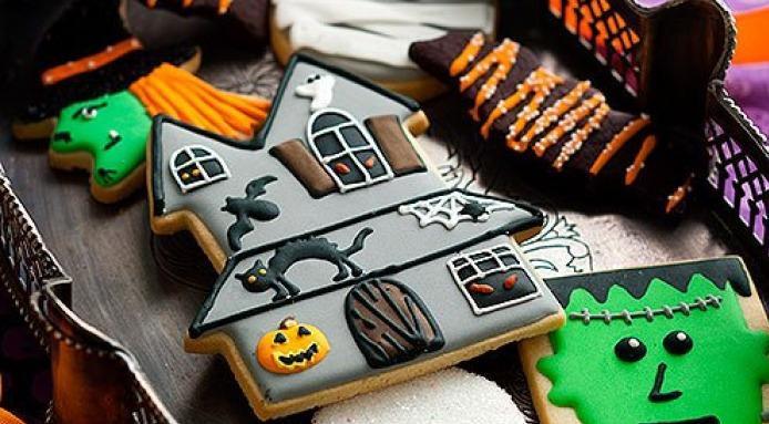 Best Halloween Cookies  Halloween Cookies Best Halloween Cookies on Pinterest