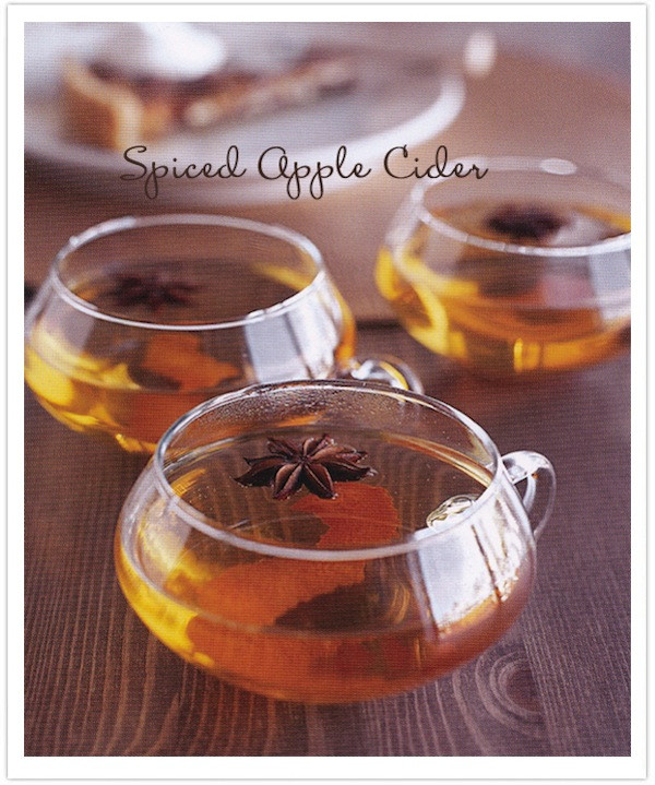 Best Thanksgiving Drinks  Recipe for a Gilded Thanksgiving Camille Styles