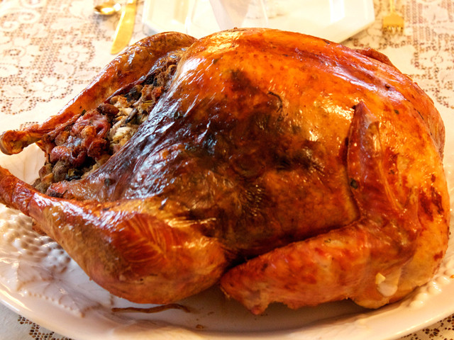 Biggest Thanksgiving Turkey  How to a free Thanksgiving turkey 10News KGTV TV