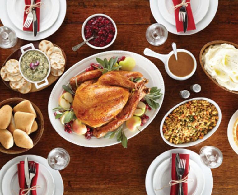 Boston Market Thanksgiving Turkey Dinner  Boston Market Announces To Go Thanksgiving Meals