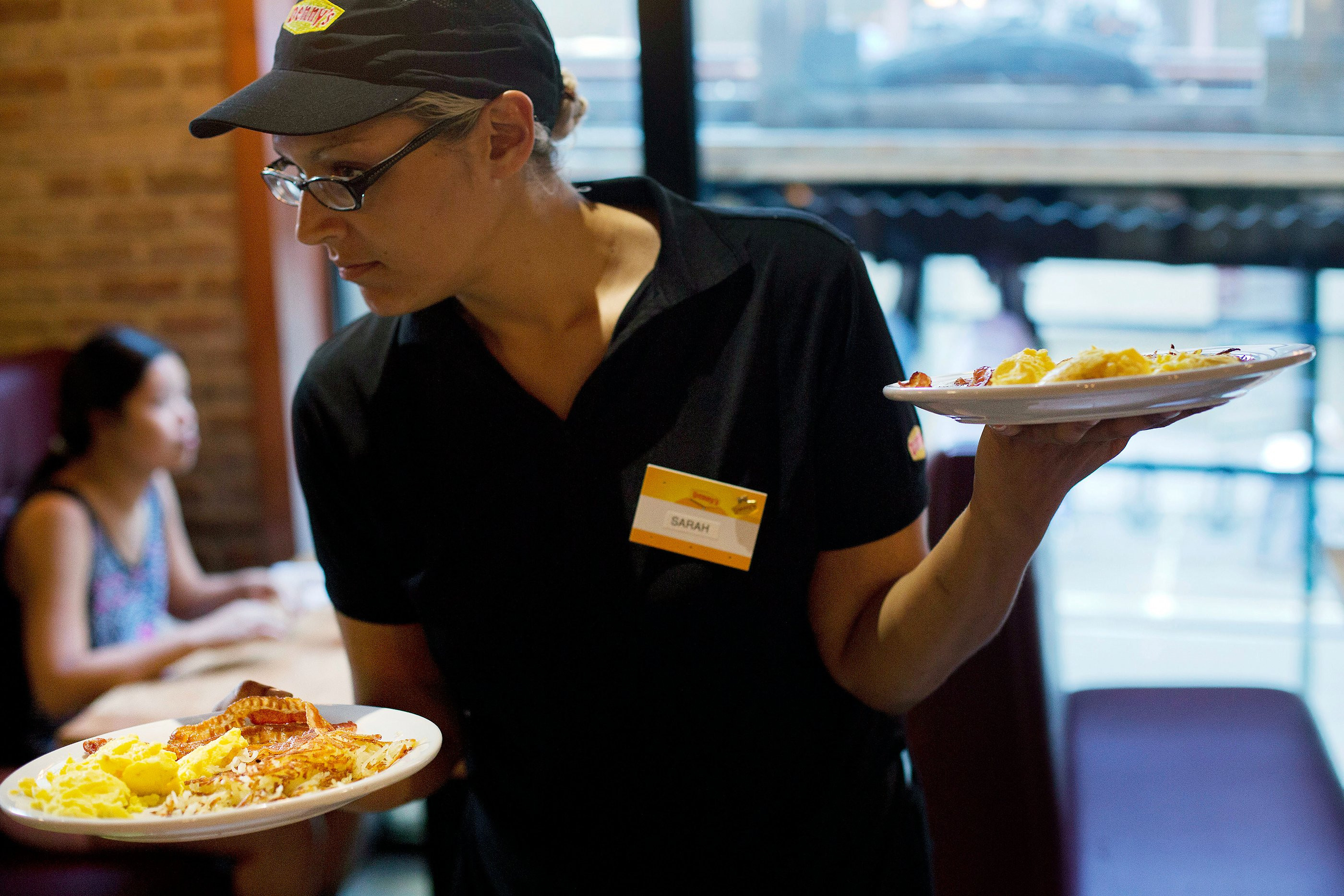 Breakfast Restaurants Open On Thanksgiving  Restaurants Open on Thanksgiving Starbucks Cracker