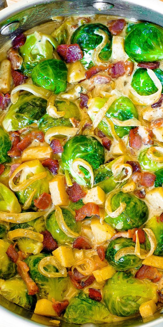 Brussels Sprouts Thanksgiving Side Dishes  Creamy Brussels Sprouts with Bacon Apples and Gorgonzola