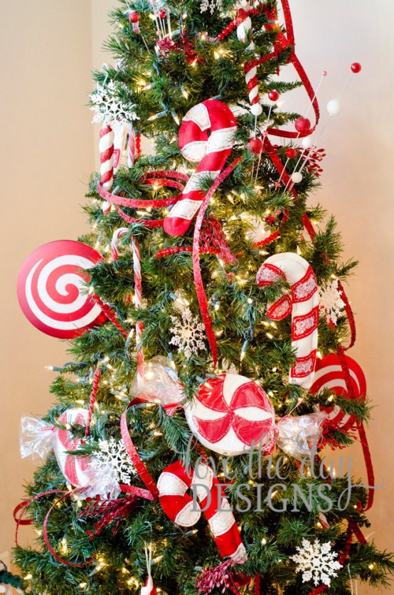 Candy Cane Christmas Tree Decorations  25 Fun Candy Cane Christmas Décor Ideas For Your Home