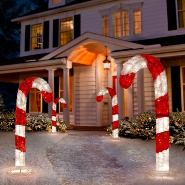 Candy Cane Outdoor Christmas Decorations  Christmas yard decorations – festive ideas for the outdoor