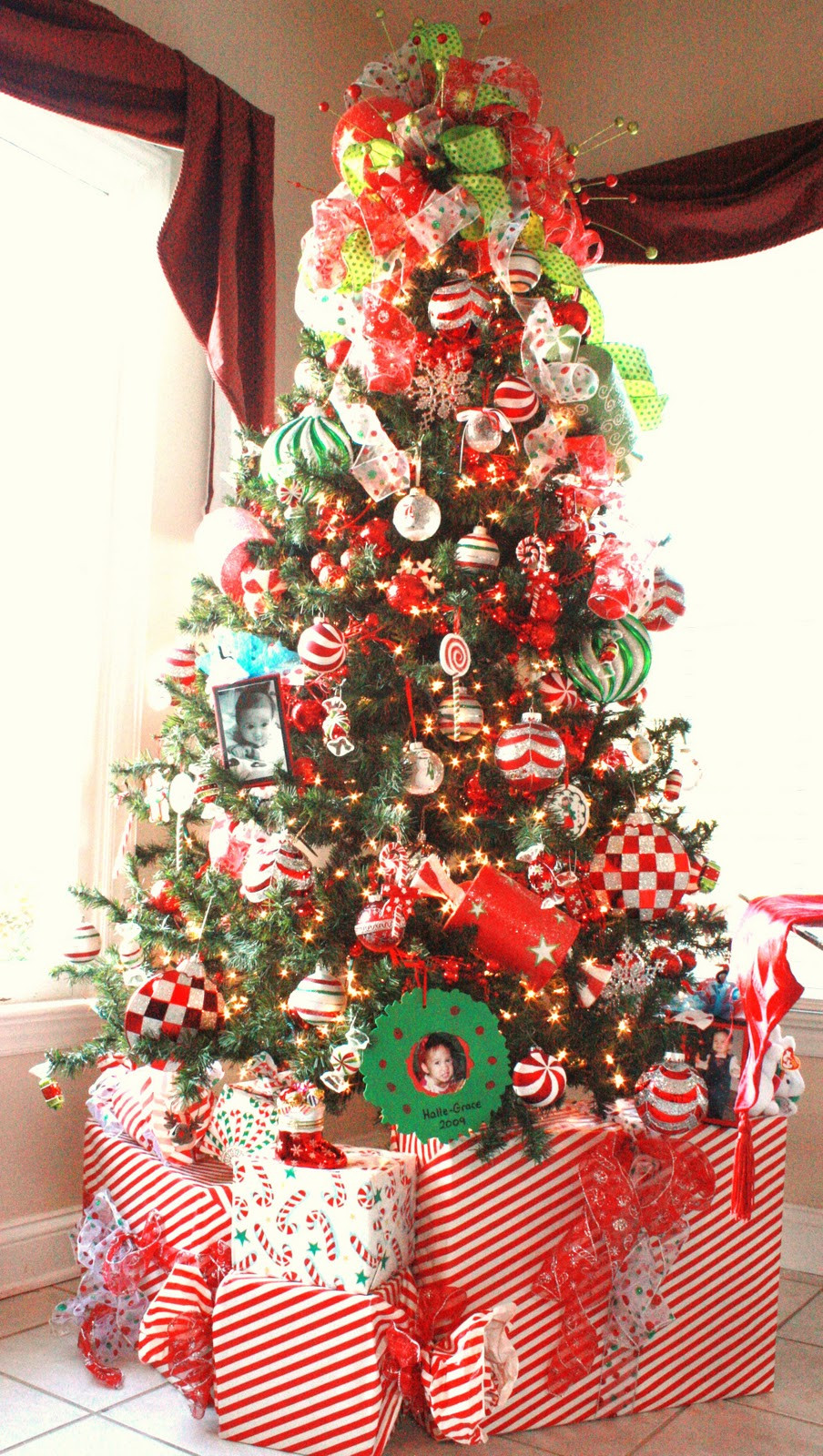 Candy Christmas Tree Decorations  46 Famous Candy Christmas Tree Decorations Ideas