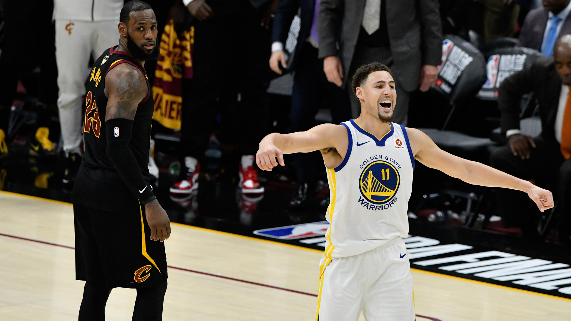 Cavs Halloween Cookies  Klay Thompson forgot about tombstone cookies calls Cavs