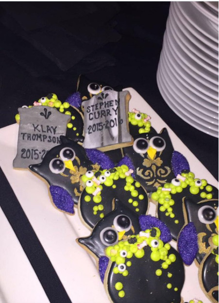 Cavs Halloween Cookies  LeBron James Trolled the Warriors at His Halloween Party
