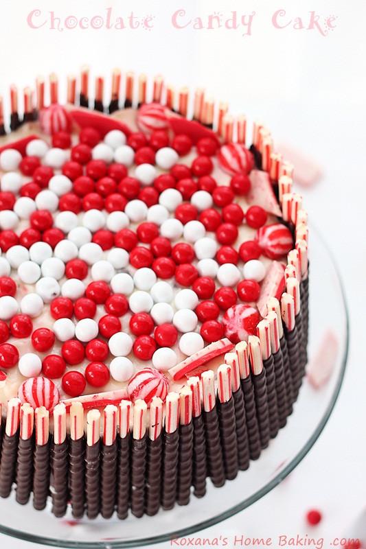 Chocolate Christmas Cake  Christmas Devil s Chocolate Cake with Cream Cheese