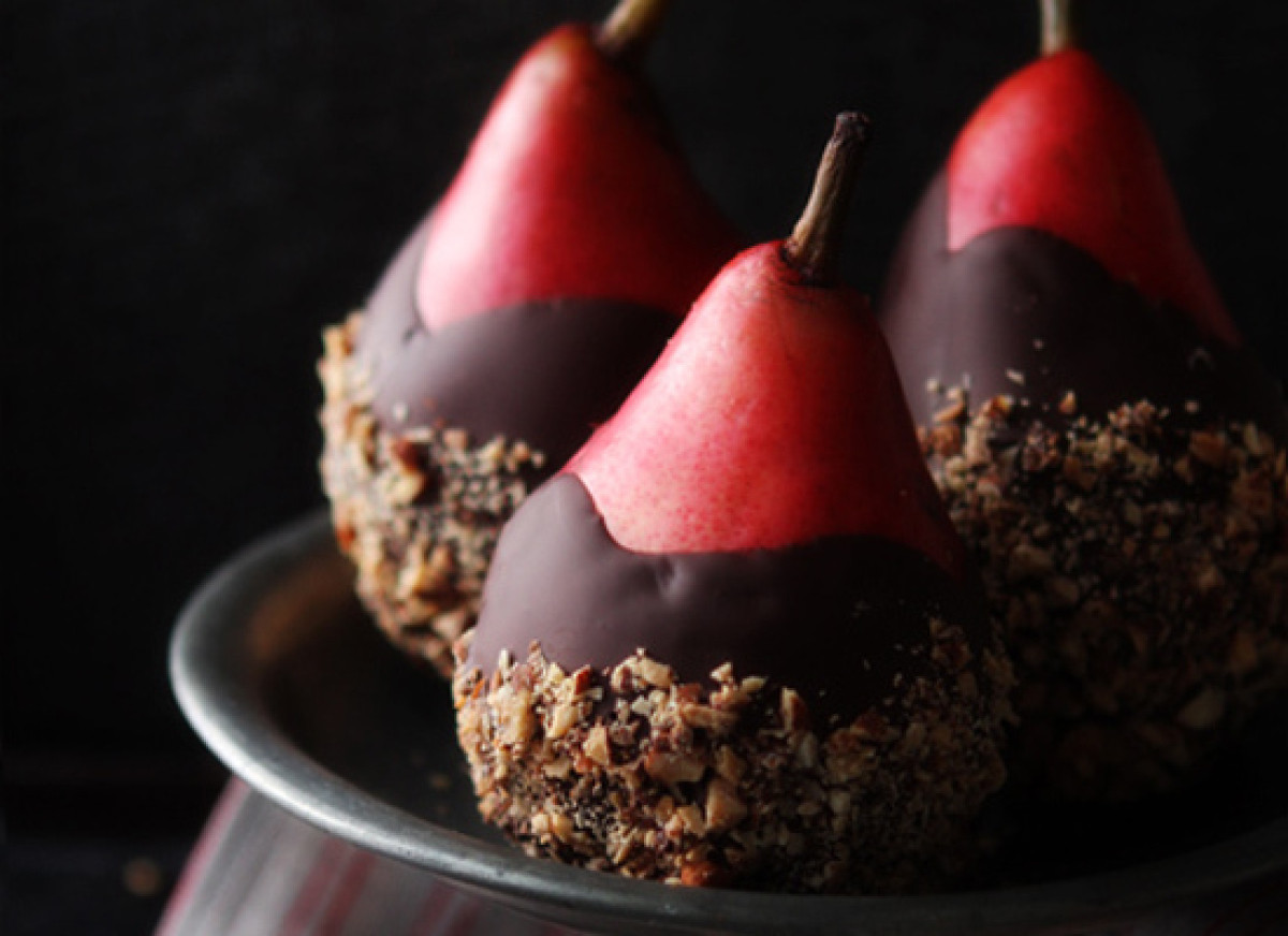 Chocolate Desserts For Thanksgiving  Stunning Thanksgiving Dessert Recipes That Aren t Pie