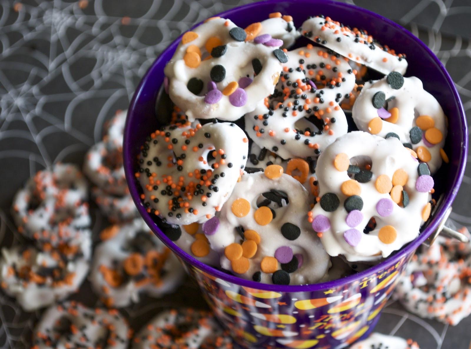 Chocolate Dipped Pretzels For Halloween  Chocolate Covered Pretzels A Pumpkin And A Princess