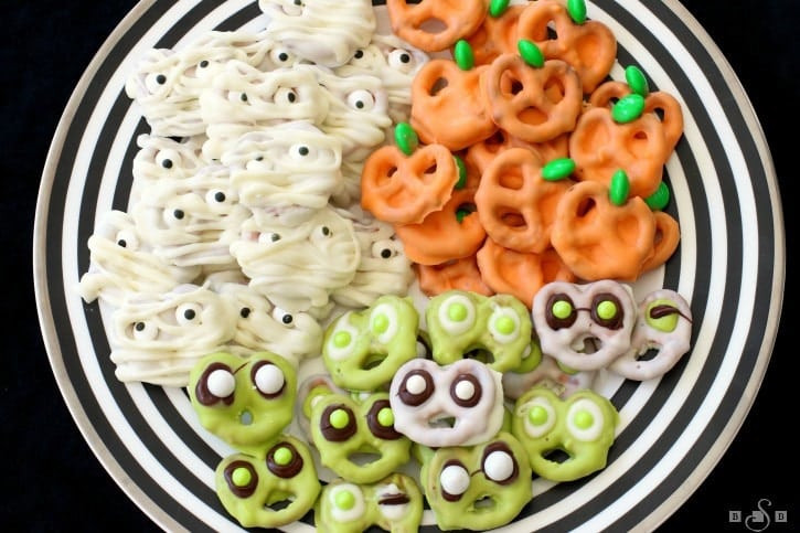 Chocolate Dipped Pretzels For Halloween  HALLOWEEN PRETZELS THREE WAYS Butter with a Side of Bread