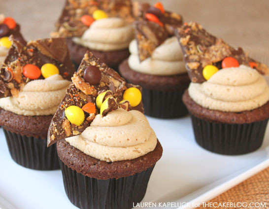 Chocolate Halloween Cupcakes  Halloween Candy Cupcakes