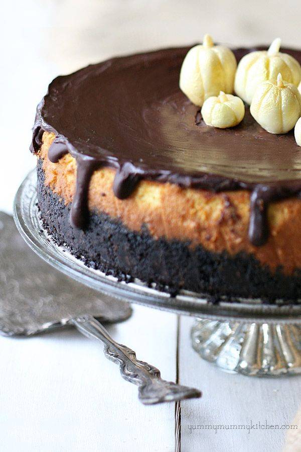 Chocolate Thanksgiving Desserts  334 best images about Showcase Desserts on Pinterest