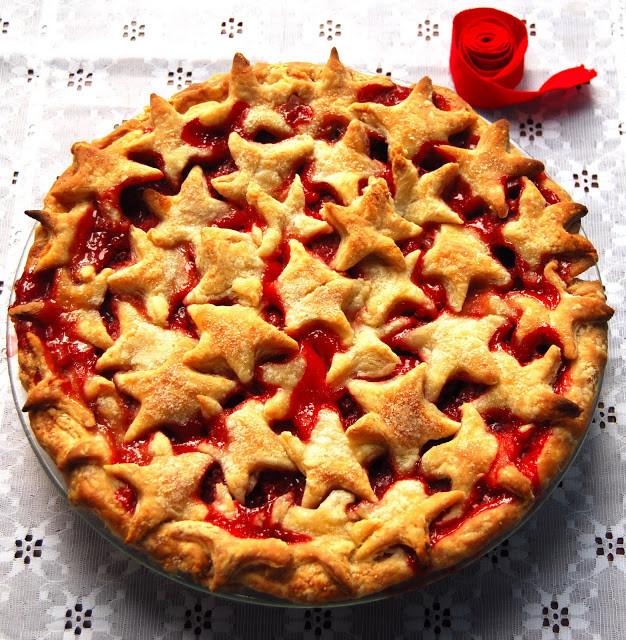 Christmas Apple Pie  Vegan Strawberry Pie Vegan Recipes Holy Cow