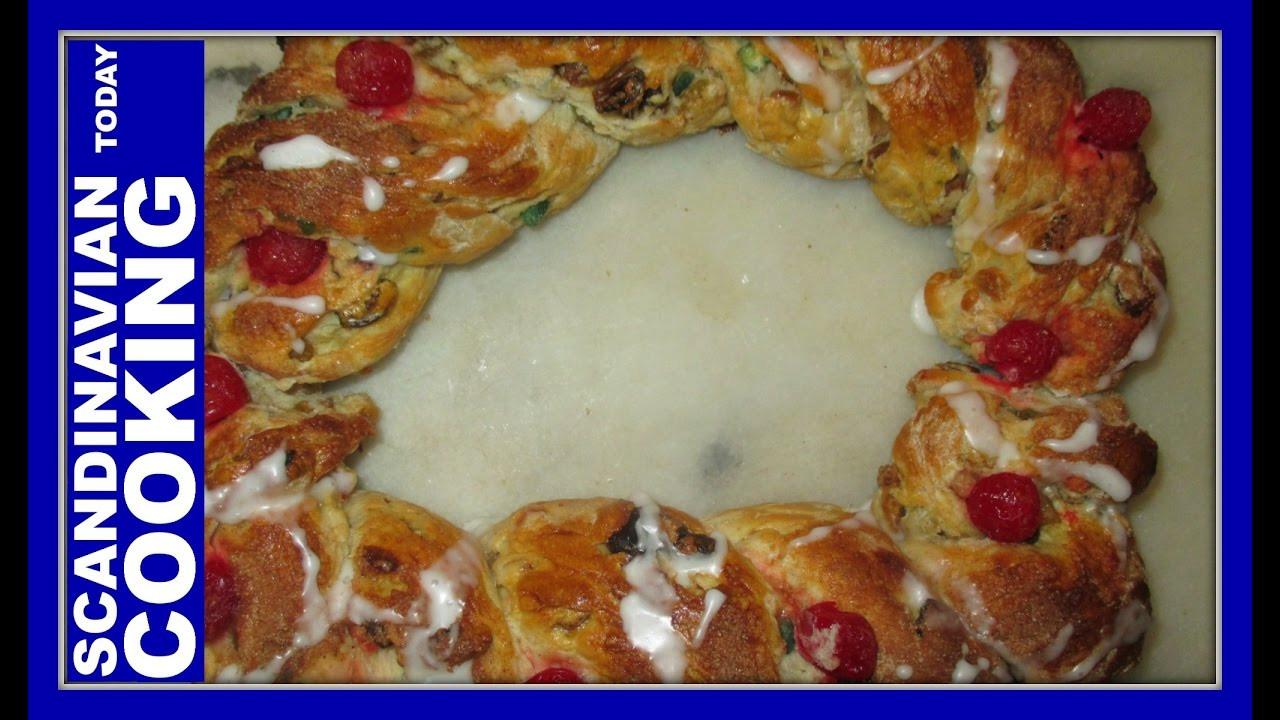 Christmas Bread Wreath  How To Make Danish Christmas Bread Wreath Recipe 🎄 Jule