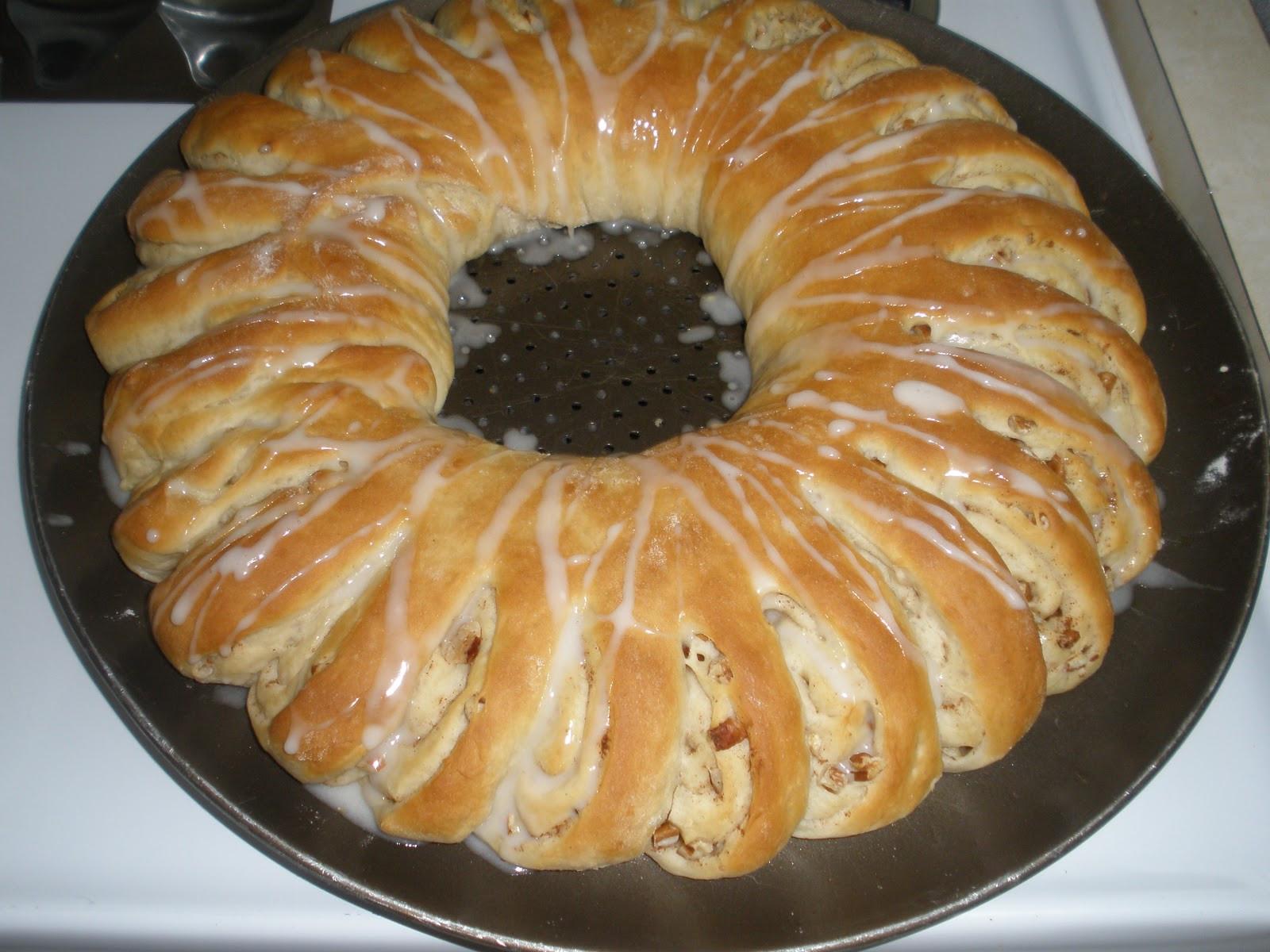 Christmas Bread Wreath  Delighting in my Days Christmas Wreath Bread