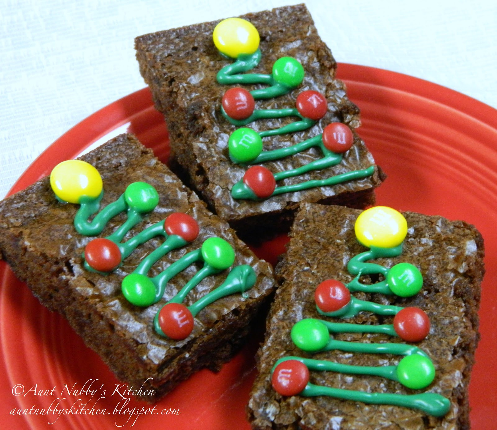 Christmas Brownies Ideas  christmas brownie decorating ideas