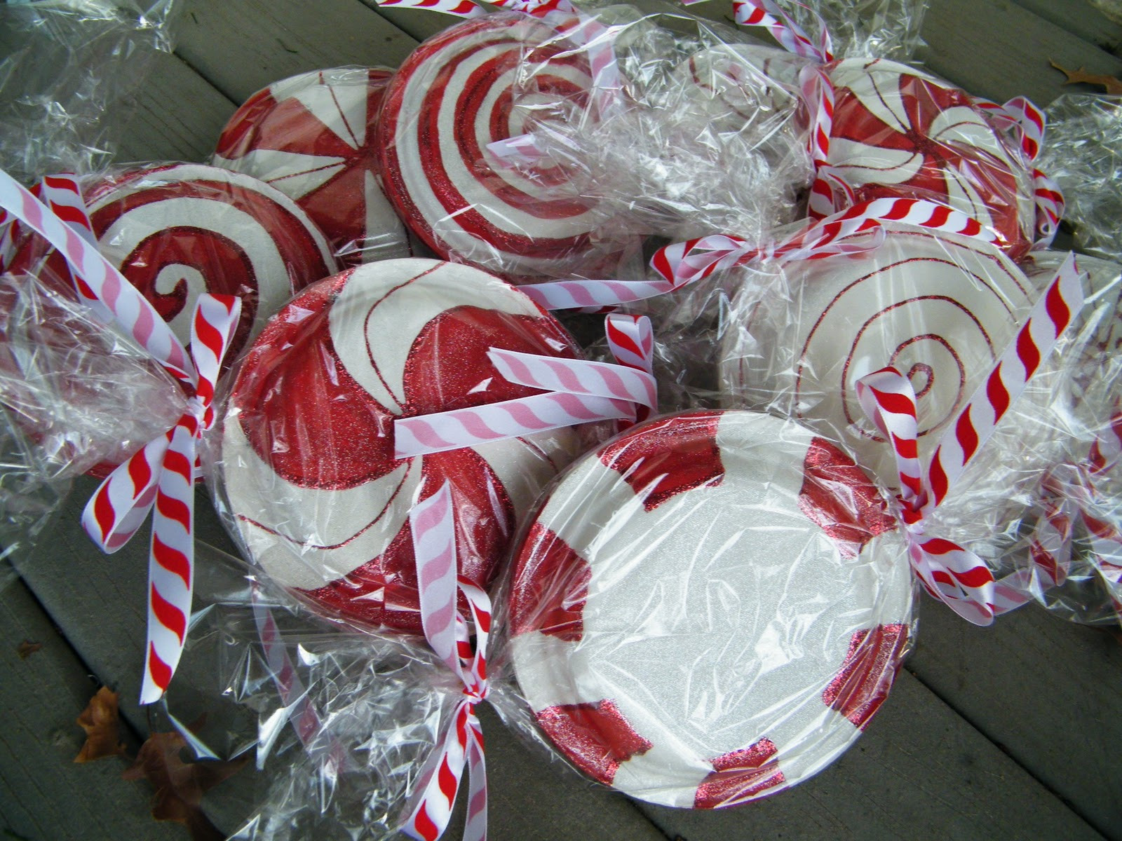 Christmas Candy Decorations  amy d randomly me paper plate peppermint candy tutorial