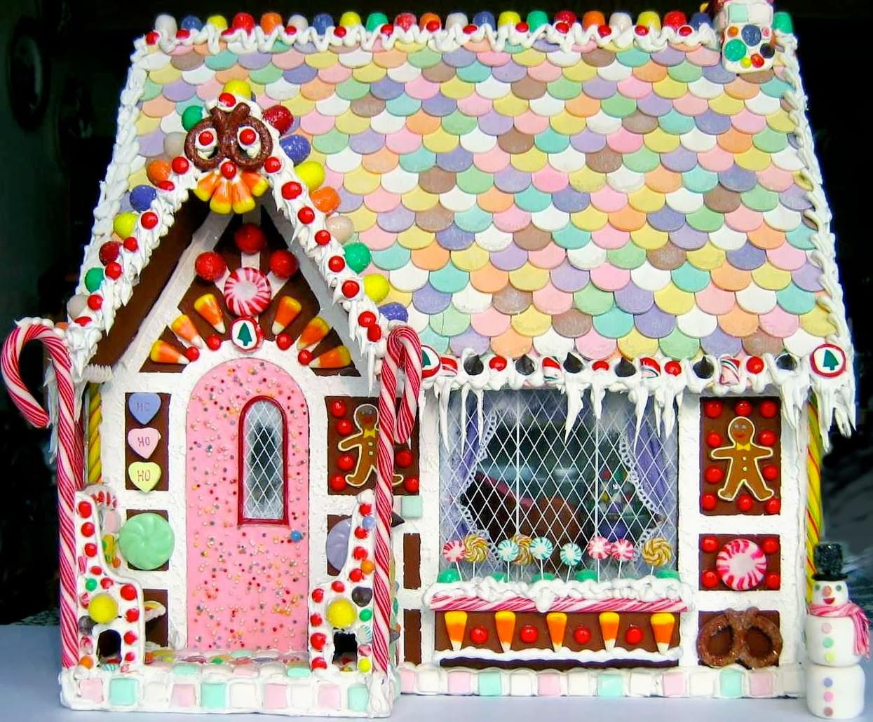 Christmas Candy House  BluKatKraft 1 12 scale Christmas Gingerbread Dollhouse