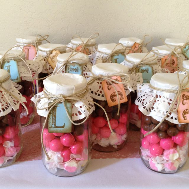 Christmas Candy Jar Ideas  DIY Candy Jars LAZ notes great idea for toffee Use red