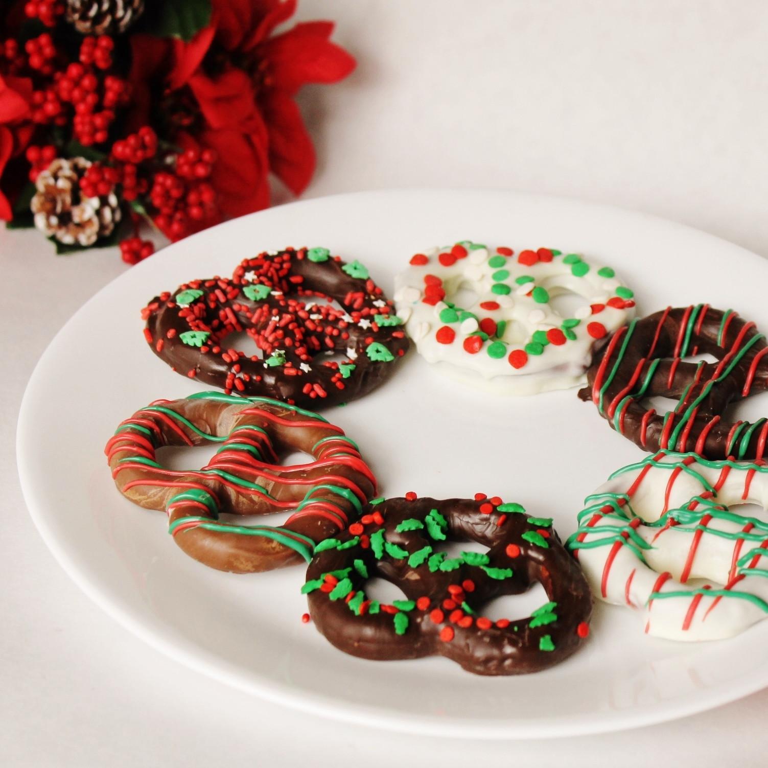 Christmas Chocolate Dipped Pretzels  Christmas Chocolate Covered Pretzels Knots